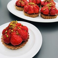 I Want To Eat, Pavlova, Cakes And More, Bruschetta, Cake Cookies, Afternoon Tea, Delicious Food, Parisian, Foodies