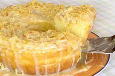 bolo de coco cremoso com cocada mole