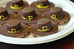 chocolate thanksgiving desserts - Really cute, pilgrim hats!