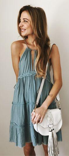 #spring #outfits vestido de oliva + Bolsa de hombro de la franja de cuero blanco