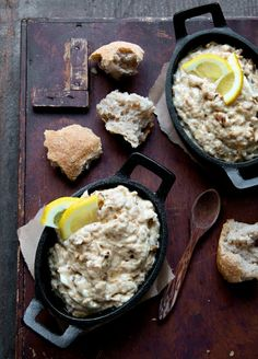 Easy Crab Dip! This is going to make everyone wanna come to my Super Bowl Party. WHAT WHAT!!
