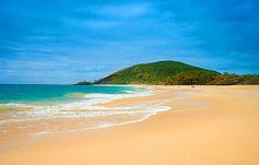 Makena Beach in Maui, Hawaii... can I please go back on my honeymoon now??
