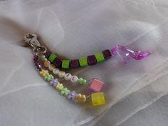porte clé ou bijou de sac vert et violet : Autres bijoux par wendylafeedesbijoux