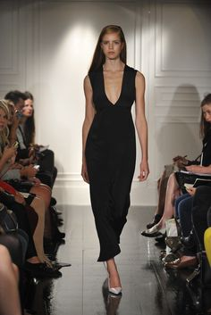 See the complete Emilia Wickstead Spring 2013 Ready-to-Wear collection.