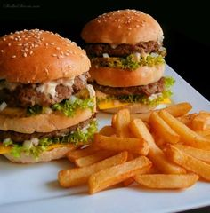 Słodka Strona: Domowy Big Mac jak z McDonald's Appetizer Sandwiches, Appetizers, Kitchen World, Big Mac, Salmon Burgers, Dinner Recipes, Food And Drink, Snacks, Meals