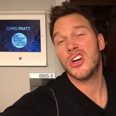Pin for Later: It's Time to Address How Hilarious Chris Pratt Is on Instagram