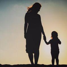 8 Sätze, mit denen Kinder indirekt um Hilfe bitten Kids And Parenting, Parenting Hacks, Bitten, Little Boys, Good To Know, Coaching, Baby Kids, Korra, Craft