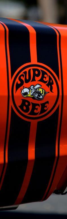 Super Bee.