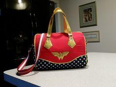 Wonder Woman - Swoon Blanche - PURSES, BAGS, WALLETS