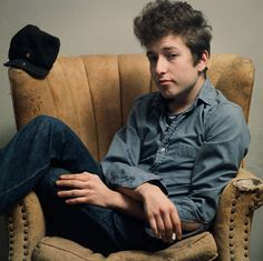 Bob Dylan | Bob Dylan in New York, 1963. Photograph: Sony BMG Music Entertainment ...