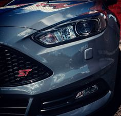 Ford Focus ST Like,Share & Follow @CarSpotter95 Ford Rs, Car Ford, High Performance Cars, Ford Escort, Thug Life, Ford Focus, Supercars, Baby Ideas, Mustang