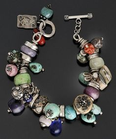 love the colors, beads, the chunkiness of it all. :)