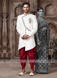 Wedding Dresses Men Indian, Wedding Outfits For Groom, Formal Dresses For Men, Indian Wedding Wear, Wedding Dress Men, Wedding Suits, Mens Sherwani, Wedding Sherwani, Designer Suits For Men