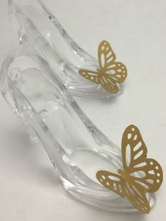Cinderella Party Favors: Cinderella Glass Slipper and Gold Butterfly Candy Holders Cinderella Party Favors, Cinderella Crafts, Cinderella Quinceanera Themes, Cinderella Sweet 16, Cinderella Theme, Cinderella Birthday, Quinceanera Ideas, Quinceanera Dresses, Butterfly Party Favors