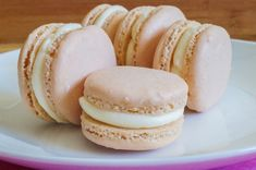 Macarons with Vanilla Cream Cheese Filling