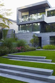 Modern Exterior Homes. The exterior of a modern home will usually have clean lines, with a simple footprint. From the street these homes can appear box-like in form, so often different materials are used to break up the exterior visually. Residential Architecture, Contemporary Architecture, Architecture Design, Contemporary Patio, Installation Architecture, Computer Architecture, Pavilion Architecture, Organic Architecture, Garden Architecture