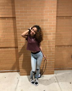 Curly Hair Model, Big Curly Hair, Pretty Mixed Girls, Beautiful Black Girl, Model Outfits, Girl Outfits, Cute Outfits, Instagram Baddie Outfit, Cute Girls With Braces