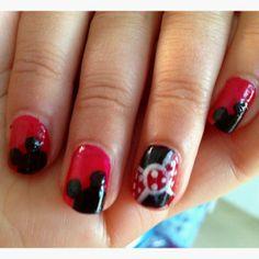 disney nail art | Minnie Mouse Nails | Disney Nail Art