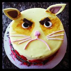 Grumpy Cat Cake #GrumpyCat #Cake