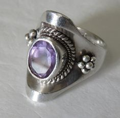 HEAVY amethyst ring sterling silver ring size 8 marked 925