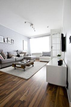 Living room / Loved her blog!