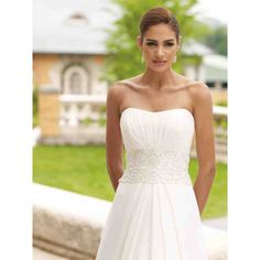 Simple Wedding Dresses For Outdoor Wedding