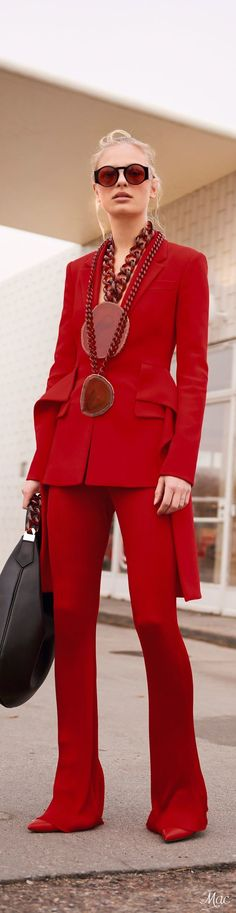 The hottest holiday 2017 fashion trends are actually timeless items you can add to your forever holiday capsules: Velvet (velvet blazer, velvet leggings, velvet slip dress) 2017 RED trend (all red outfits, red handbag, red suit, red knit sweater), Holiday Plaid (buffalo check, gingham and tartan), Embellished Denim (embroidered jeans, rhinestone jeans), Impact boots (over the knee boots, red boots, embroidered boots, slouch boots)