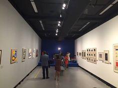 Mondrian e o Neoplasticismo no CCBB-SP | Larissa Carbone Arquitetura
