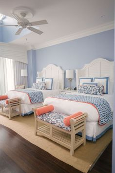 Relaxing Girls Trip to The Beach Club Charleston - Glitter & Gingham Beach House Bedroom, Beach House Decor, Home Bedroom, Bedroom Decor, Beach Home Decorating, Beach Inspired Bedroom, Beach House Furniture, Summer Bedroom, Serene Bedroom