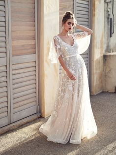 Wedding Dress Vintage Amelie wedding dress by Anna Campbell features on LOVE FIND CO. - Fit for the modern bohemian bride, Wanderlust by Australian bridal designer Anna Campbell features exclusive embroidered fabrics, custom-designed laces Lace Wedding Dress, Wedding Dresses 2018, Bridal Dresses, Dress Lace, Lace Dresses, Wedding Shoes, Tulle Dress, White Dress, Lace Dress With Sleeves