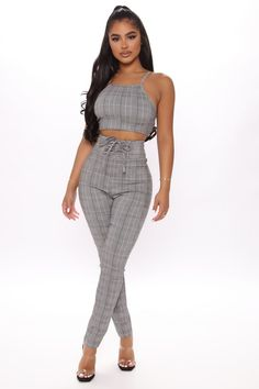 Plaid Outfits, Girl Outfits, Fashion Outfits, Jeans Fashion, Hot Outfits, Swag Outfits, Swimsuits For Curves, Women Swimsuits, White Dresses For Women