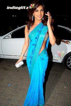 Priyanka Chopra That's how you wear a Sari!
