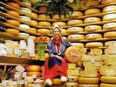 Order the Cheese Market Magazine here - Visit the Cheese market - Kaasmarkt