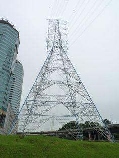 Kerinchi Pylon - the tallest electricity pylon in Southeast Asia [768  1024]
