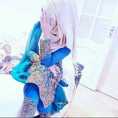 Hijab Dp, Girl Hijab, Beautiful Girl Photo, Beautiful Hijab, Cute Girl Poses, Cute Girls, Islamic Girl Pic, Mehndi Designs For Fingers, Gold Wedding Jewelry