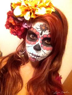 Halloween DIY: Sugar Skull Makeup Halloween DIY: Zuckerschädel Make-up Sugar Skull Halloween, Sugar Skull Costume, Cool Halloween Makeup, Fall Halloween, Halloween Costumes, Women Halloween, Halloween Skeletons, Halloween 2019, Halloween Party