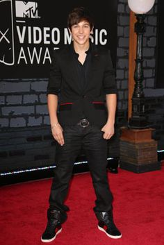 The Best Looks from the 2013 MTV Video Music Awards: Austin Mahone