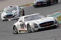 El Mercedes SLS AMG GT3 del equipo HP Racing gana las 24H de Barcelona-Trofeu Fermí Vélez
