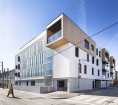 Built by BVL Architecture in Limoges, France with date 2014. Images by Sergio Grazia. This building of public housing, built by BVL Architecture in Limoges, a town of 140 000 inhabitants in the centre of...