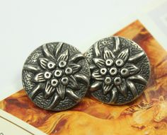 Edelweiss Metal Buttons , Gunmetal Color , Shank , 0.79 inch , 6 pcs by Lyanwood, $6.00