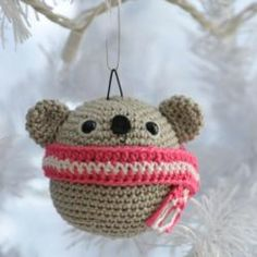 free amigurumi patterns. There are over 165 on this site, bears, whales, snowman, doll. So much.