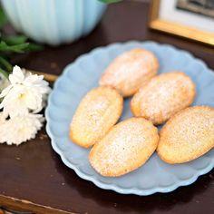 Madeleines är ljuvliga små franska kakor med ett karaktäristiskt utseende.