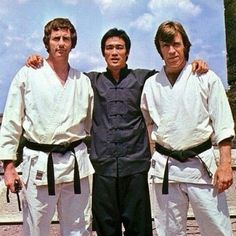 Bruce Lee, Chuck Norris and Robert Wall Way Of The Dragon, Little Dragon, Hapkido, Karate, Brice Lee, Eminem, Bruce Lee Chuck Norris, Bruce Lee Pictures, Bruce Lee Kung Fu