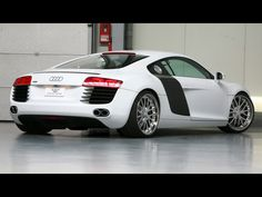 2009 Wheelsandmore Audi R8 - Rear And Side - 1920x1440 - Wallpaper