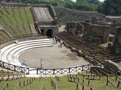 Pompei theater, om mythologische verhalen op te voeren