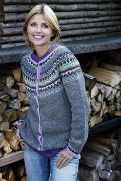 Ravelry: Trøje med rundt bærestykke pattern by Navia Permin of Copenhagen Knitting For Charity, Fair Isle Knitting, Free Knitting, Crochet Cardigan, Knit Crochet, Knitting Designs, Knitting Patterns, Motif Fair Isle, Norwegian Knitting