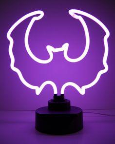 NEON 'BAT' LIGHT                                                                                                                       ๑෴MustBaSign෴๑