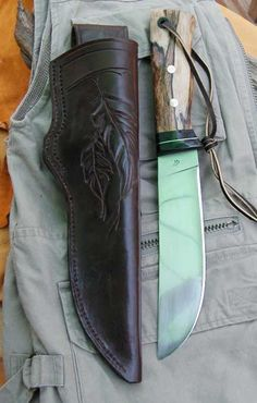 Good looking Camp knife