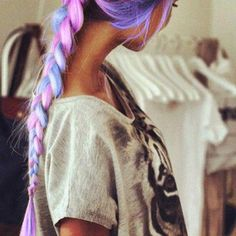 R A I N B O W  braid! I really wish I could dye my hair this color but work wouldn't allow it!! :/