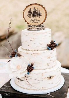 Rustic wedding cake cake topper on Etsy – Lace Wedding Cake Ideas – Beautiful Wedding Cake Designs Wedding Cake Centerpieces, Summer Wedding Cakes, Black Wedding Cakes, Wedding Cake Rustic, Wedding Cakes With Cupcakes, Fondant Cupcakes, Beautiful Wedding Cakes, Mod Wedding, Summer Weddings